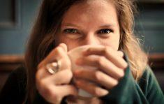 【※勘違い注意】女性からのボディタッチって脈あり?